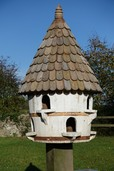 Large Round Birdhouse (Small hole)
