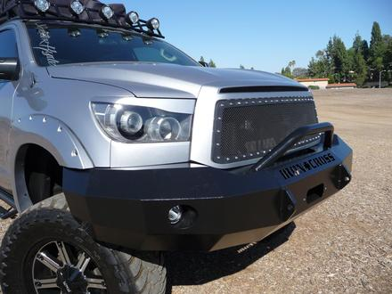 2007-2010 TUNDRA FRONT BUMPER WITH BAR picture
