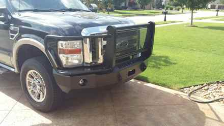 2011 ford super duty 250/350 FRONT BUMPER WITH FULL GUARD picture