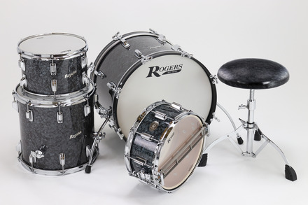 Rogers Covington Series 12/16/22 Shell Pack w/ Steel Spurs in Black Diamond Pearl picture