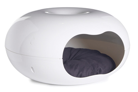 Donut Cat Bed White picture