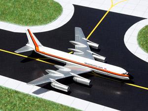GeminiJets 1:400 Modern Air Convair 990 picture