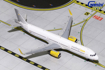 GeminiJets 1:400 Vueling Airlines A321 picture
