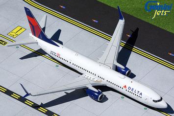 Gemini200 Delta Air Lines Boeing 737-900ER picture