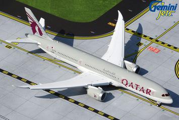 GeminiJets 1:400 Qatar Airways Boeing 787-9 (Flaps/Slats Extended) picture