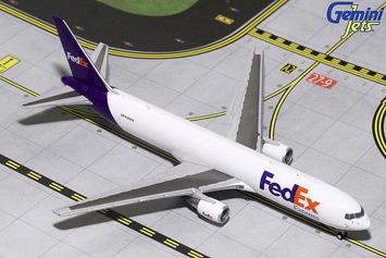 GeminiJets 1:400 FedEx Boeing 767-300F picture
