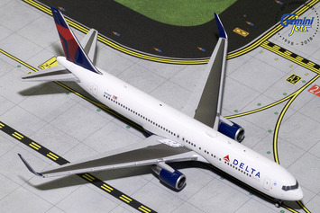 GeminiJets 1:400 Delta Air Lines Boeing 767-300ER picture