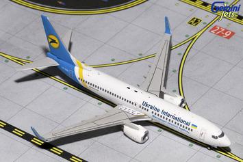 GeminiJets 1:400 Ukraine International 737-800 picture