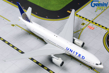 GeminiJets 1:400 United Airlines Boeing 777-200ER picture