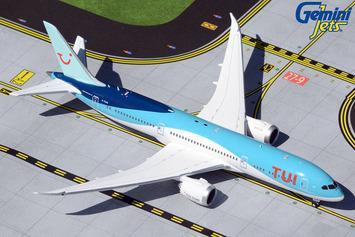 GeminiJets 1:400 TUI Airways Boeing 787-9 Dreamliner picture