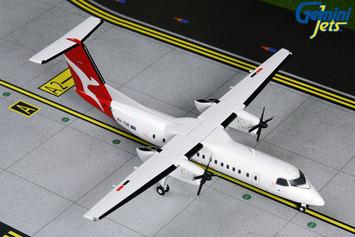 Gemini200 QantasLink Dash 8-300 picture