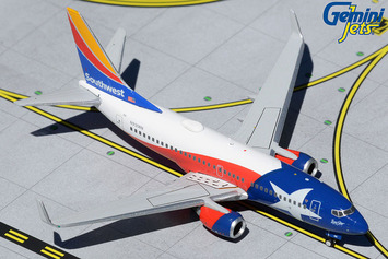 """GeminiJets 1:400 Southwest Airlines Boeing 737-700 """"Lone Star One"""" picture"""