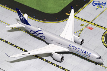 "GeminiJets 1:400 Vietnam Airlines Airbus A350-900 ""Skyteam"" picture"