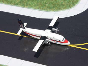 GeminiJets 1:400 US Air Express Shorts 360 picture