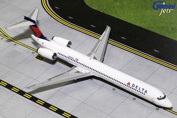 Gemini200 Delta Air Lines MD-90 picture