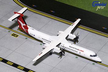 Gemini200 QantasLink Bombardier Q400 picture