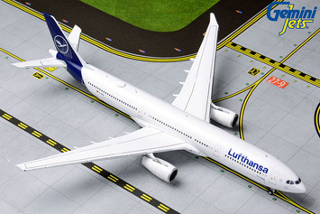 GeminiJets 1:400 Lufthansa Airbus A330-300 picture
