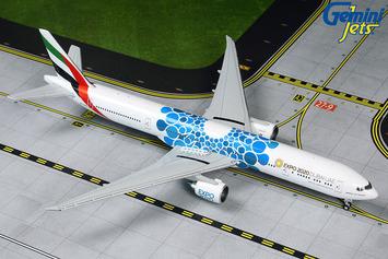 "GeminiJets 1:400 Emirates Boeing 777-300ER ""Blue Expo 2020"" picture"