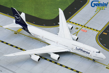 GeminiJets 1:400 Lufthansa Boeing 747-8i picture