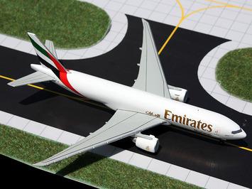 GeminiJets 1:400 Emirates SkyCargo 777F picture
