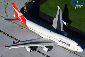 Gemini200 Qantas Boeing 747-400ER (Flaps/Slats Extended) picture
