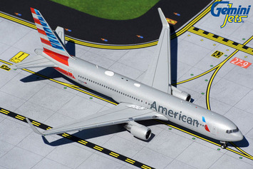 GeminiJets 1:400 American Airlines Boeing 767-300ER picture