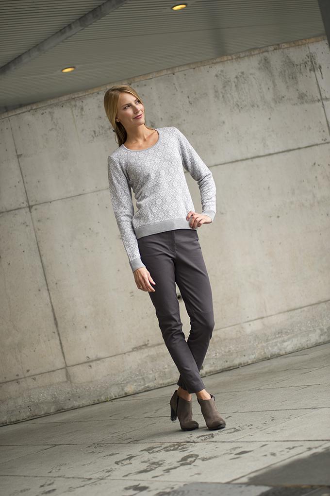 Sonja Feminine Sweater (1)