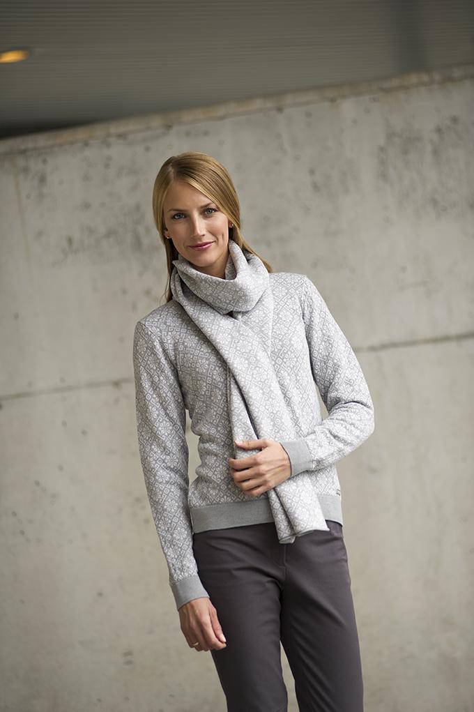 Sonja Feminine Sweater (2)