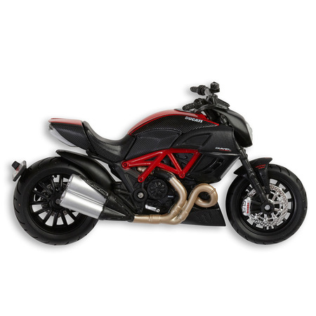 Ducati Diavel Carbon Model picture