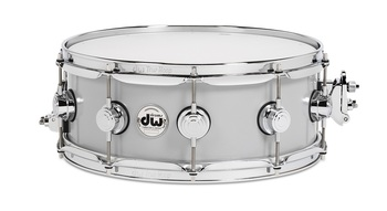 DRVM6514SVC - COLLECTOR'S SERIES 6.5X14 ROLLED ALUMINUM SNARE W/ CHR HDWR picture