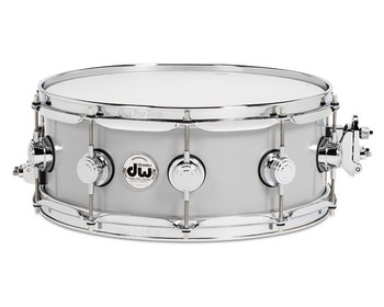 DRVM5514SVC - COLLECTOR'S SERIES 5.5X14 ROLLED ALUMINUM SNARE W/ CHR HDWR picture