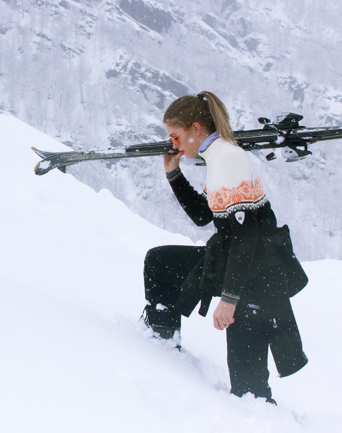 St.Moritz Women's Sweater (2)