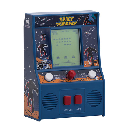 Space Invaders Retro Arcade Game picture