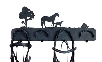 Panoramic Bridle Rack picture