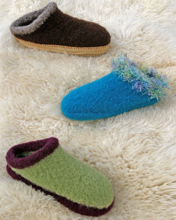AC33 Felt Clogs picture