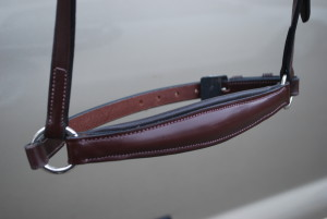 RED BARN DROP NOSEBAND picture