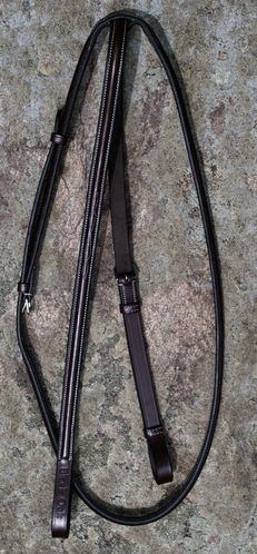 BLACK OAK ROUND RAISED STANDING MARTINGALE picture