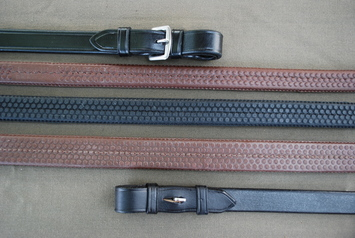 KL SELECT RUBBER REINS picture