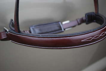 RED BARN HUNTER CRANK NOSEBAND picture