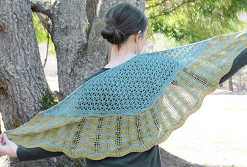 2336 Old Shale Shawl picture