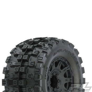 "Pro-Line Badlands Mx38 Hp 3.8"" Tyre+Raid Black 8X32 Hex 17MM picture"