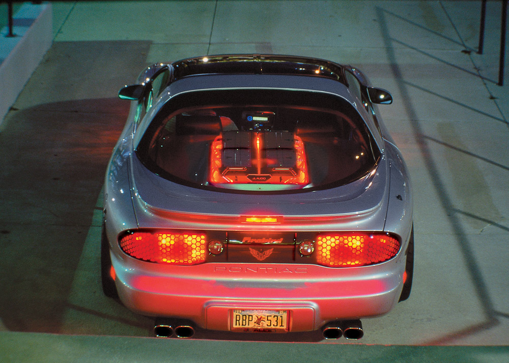 Pontiac_Firebird17.jpg