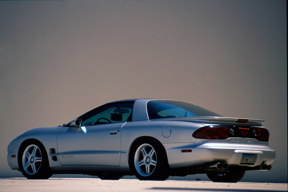 Pontiac_Firebird20.jpg